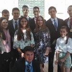 Miembros del Grupo Joven esta mañana en el Corpus https://t.co/D4pYfbYIUB