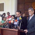 Sec Gral @chatoguedez hace lectura del comunicado con la postura oficial rechazando últimas acciones del régimen https://t.co/nwip2bQOmy