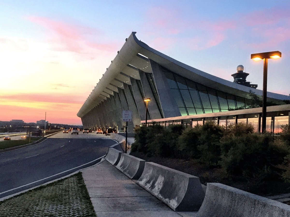 RT @WTOP: Thank @AugensteinWTOP for this beautiful pic of @Dulles_Airport Thursday morning! Forecast: