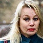 """""""Ann Heberlein är den svenska debattens vindflöjel"""" @IdaOlmedal om etikdoktorns svängar: https://t.co/njLydPupQB https://t.co/w4GdW9uc3X"""