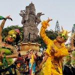"""Saksikan """"Eksotika Seni Dari Bali"""" di Idenesia @Indonesiakaya hari ini pkl 22.30 WIB https://t.co/eWjy2n93Lt #MTVNAD https://t.co/aL3VWMddPc"""