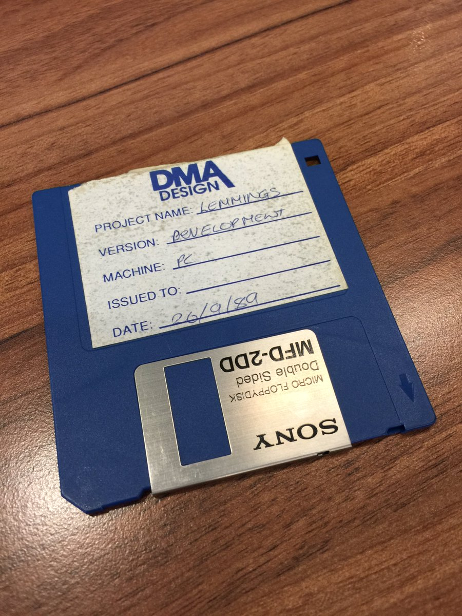 """The things you find (again)! The """"original"""" Lemmings demo shown to publishers.  #DMADesgin #retrogaming #Lemmings https://t.co/opiWkIeURV"""