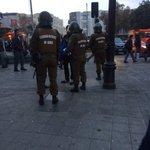 AHORA FF.EE revisando mochilas a estudiantes en Alameda con Cumming, previa marcha estudiantil 8:19 https://t.co/DubWToEIRn