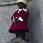Congratulations to #Georgia on your 25th Independence Day The Manneken Pis is looking good today https://t.co/UDsqMI4opx