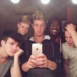 Mirror pic. @camerondallas @AaronCarpenter @BlakeGray @taylorcaniff https://t.co/9hVnGh9Dvf