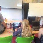 .@KimBaesjou in gesprek over jouwhulponline.nl met leerlingen in Valkenswaard @DTW2016 @LumensGroep https://t.co/AsceWF8QTH