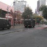 ???? AHORA| Metro informa cierre de estaciones P. Bustamante y Santa Lucía por manifestaciones https://t.co/Vt0CsByMMe https://t.co/om6mAZ4pds