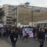 Secundarios llegan masivamente a plaza Victoria #valpo a marcha NO autorizada https://t.co/7AK6xw1WdK