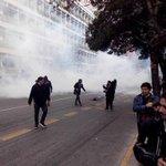 #LTenVivo   Carabineros utiliza gas lacrimógeno para dispersar a manifestantes en Bilbao https://t.co/03wYwSz1QQ https://t.co/FBhHDQmEHP