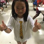 Esther gives Explore @ Field two thumbs up! ????????????????#exploresps @officialSPS https://t.co/aSXP0YgHBG