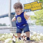 "Baby Landon Benton (aka ""Stuff Curry"") is a cute scaled-down version of Steph Curry https://t.co/dJ9HuDjLps https://t.co/SgT4ZgV1OM"