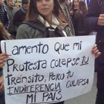 """Lamento que mi protesta colapse tu tránsito, pero tu indiferencia colapsa mi país"" Que frase! #MarchaEstudiantil https://t.co/mSktNoG5qN"