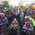 Intocht 10e Zoetermeerse rolstoelvierdaagse. 450 vrijwilligers bezorgden 350 mensen in rolstoel mooie week. Bedankt. https://t.co/m9t3UIvZPz