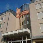 Tag der offenen Tür in Asylheim #Laubegast: Besucher wollten Bäder fluten ... https://t.co/449p0NK4sv https://t.co/TUgq2mUGzv