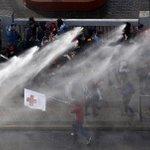 #Chile y la represión contra estudiantes que reclaman por promesas NO cumplidas. Sra: Bachelet ¿Cual es el delito? https://t.co/ugKxuQro4A