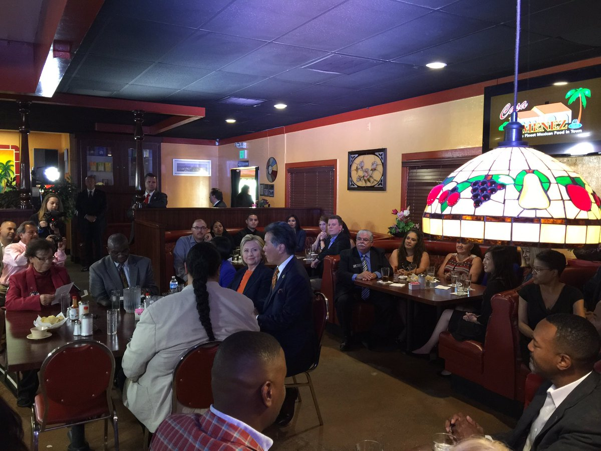 Hillary Clinton Now At Casa Jimenez A Mexican Restaurant In Perris Ca For