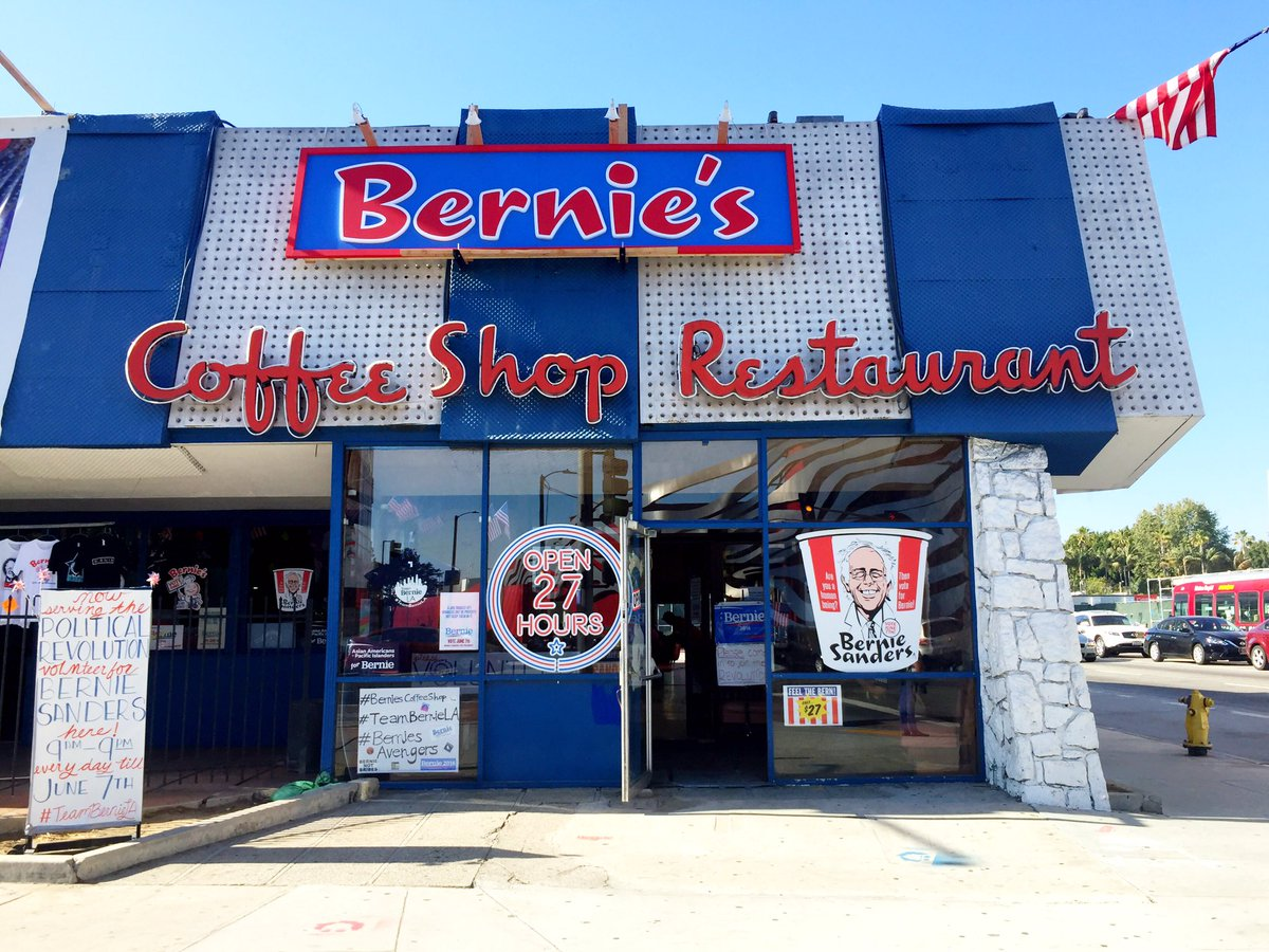 """I'll have The Revolution with a side of Free Tuition. @BernieSanders """"Coffee Shop"""" pop-up at Fairfax + Wilshire. #LA https://t.co/yY6jPGl7ui"""