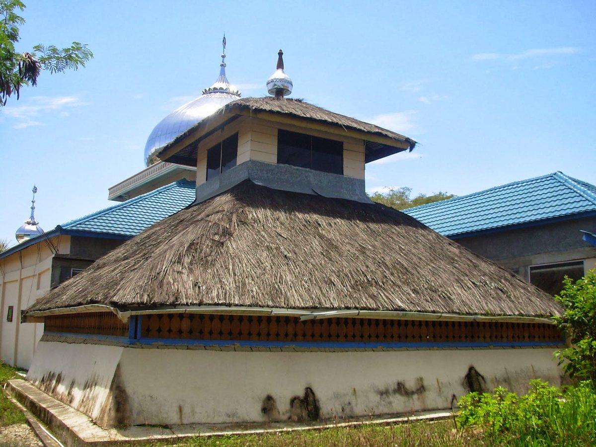 Masjid Asal Penampaan Gayo Lues adalah Tertua di Aceh, didirikan pada tahun 815 H/1412 M #JumatBerkah https://t.co/ja6tGZrFcR