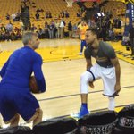 Steph takes the court. Looks good and relaxed. Needs to be the MVP tonight! https://t.co/nkCPdv4iJp