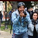 Cuando el fotógrafo olvida el verdadero fin de la fotografía #MarchaEstudiantil https://t.co/SkKoRodDpG