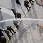 """Confech y fallida marcha en Santiago: Carabineros nos recordó """"una imagen de la dictadura"""" https://t.co/gRSdpuvYTw https://t.co/pwSdL6oXbR"""