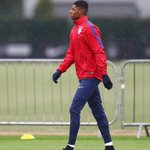 1st training session @England ???????? https://t.co/XExx1dOQRM