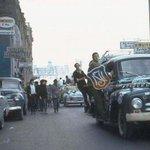 Marcha de alumnos del Instituto Nacional, calle Amunatequi casi esquina Alameda. Santiago en 1970 #MarchaEstudiantil https://t.co/fIsta16Qbo
