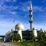 Good morning @KKCity folks. *Sabah State Mosque, Sembulan Kota Kinabalu @sabahtourism @KinabaluCity @TourismMalaysia https://t.co/SckopF8bX7