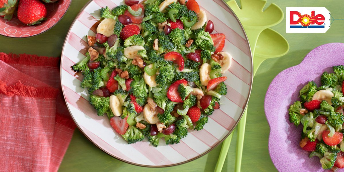 Amp up your fruit & veggie count w/ this yummy recipe! #FruitsAndVeggiesDay https://t.co/IDLhfSFXJj https://t.co/b5r2GTiBHG
