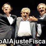 Ver como se ningunea el #Cacerolazo por barrio o tema, demuestra que nos van ganando los que dividen a los uruguayos https://t.co/qAVg6QIP8Y