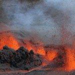 La Réunion: le piton de la Fournaise est entré en éruption https://t.co/NypG0uQ2SQ https://t.co/pWB4kI8mSl