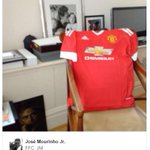 Jose Mourinhos office. TV ✅ #mufc shirt ✅ Oil painting of himself ✅ https://t.co/oiHuUjmNyB https://t.co/PhriYQSoow