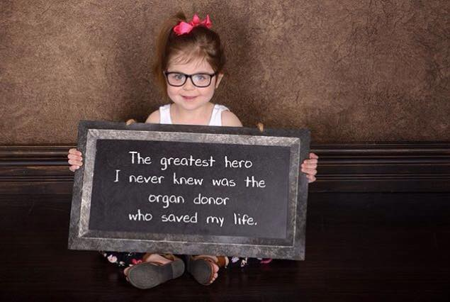 Thanks to #organdonors & their incredible selfless families for giving the precious #GiftofLife Sign @NHSOrganDonor https://t.co/sNCuwt2fsc