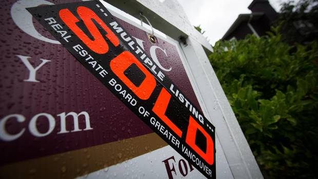 B.C. real estate seminars prey on house hunters, promise insider tips: lawyer From @GlobeBC