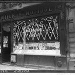 Véritable concours doriginalité 1918 #Paris https://t.co/6G1aq0FcfF