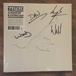 Win a signed copy of our Hangin vinyl. Join #StarBootSale & raise money for Syrian refugees https://t.co/OTWVYzpEpz https://t.co/9kbTu9i1FJ