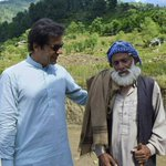 A village elder from Shagai thanked Imran Khan 4 launching Micro Hydel Projects in his village.👍💕  https://t.co/IpcA7cToFx