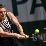 .@Simona_Halep makes 4-6, 6-2, 6-3 comeback win over Osaka and advances to @RolandGarros Round of 16! #RG16 https://t.co/n7H9L71R4N