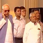 Farooq Abdullah talks on phone during national anthem at Mamatas swearing-in ceremony https://t.co/Ty63o6WMup https://t.co/a8SU6zA7ji