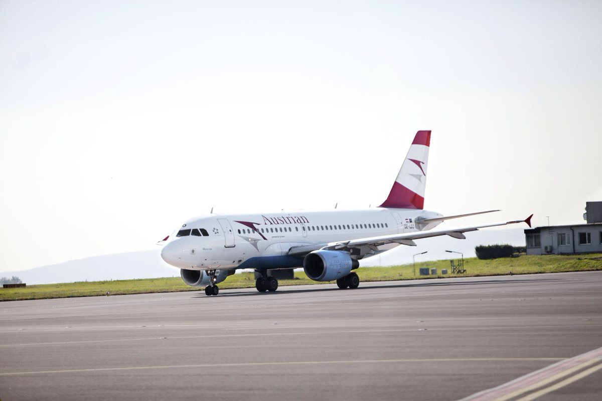 Take Your Swimsuit with You: Austrian Airlines Takes Off on Initial Flights to Jerez & Bari