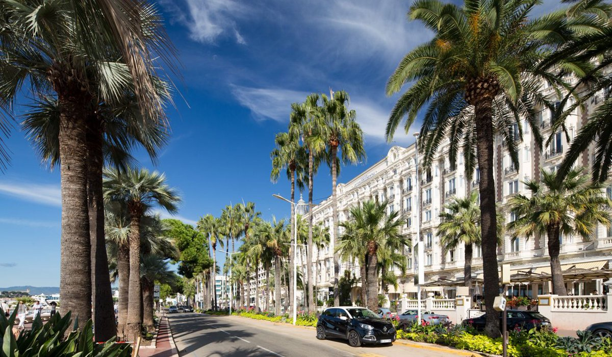 RT @HomesProperty: Cannes' holiday homes offer...