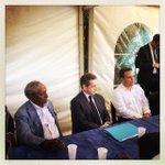 A lécoute des réunionnais avec notre président du conseil régional et le maire de Saint-André Jean-Paul Virapoullé https://t.co/dwV9SYJiH7