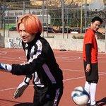 [VID/CAPS] 一路上有你2 BTS - #Heechul playing soccer as the goal keeper of the team ㅋㅋhttps://t.co/AcGwEhEzN1 https://t.co/3UiUJcHWjc