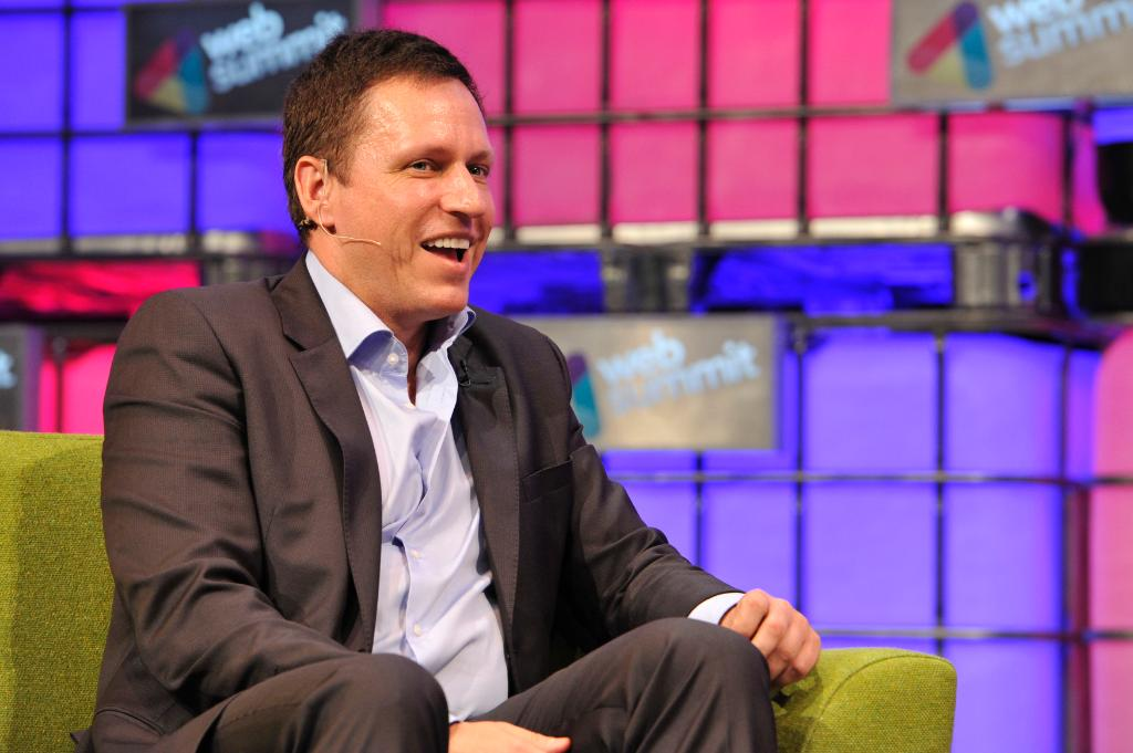 The dispute between Peter Thiel and Gawker shows Silicon Valley's growing wealth and power: