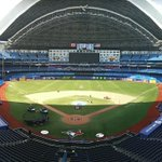 The roof is open at Rogers Centre and it is spectacular. #BlueJays https://t.co/PJT3u6snt8