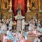 Tras la Eucaristía de las 20h, bajada de su camarín de María Auxiliadora. Pregona: Leonardo Sánchez Acevedo. https://t.co/yPI6c1CxOm