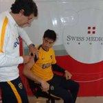 Último intento para solucionar los problemas de conducta de Pablo Pérez: lo vacunaron contra la fiebre amarilla. https://t.co/AZt1UDliMV
