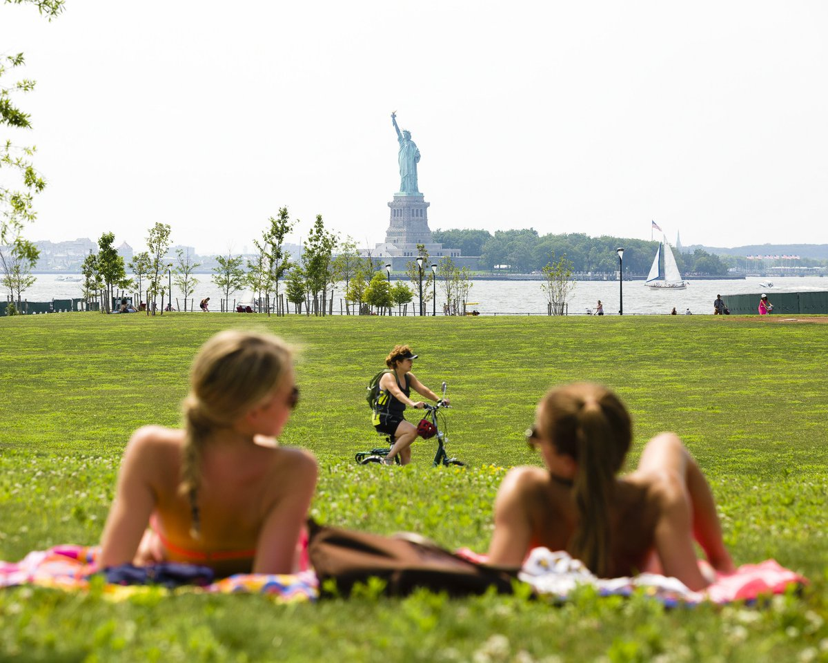 800 yards from Manhattan. 400 from Brooklyn. Governors Island opens TOMORROW, 5/28, come experience it! @kregholt https://t.co/kOdUTjX3AC