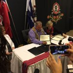 Signing are Ottawas Indigenous Affairs Minister Carolyn Bennett and Mbs Metis leader David Chartrand.#breakingnews https://t.co/zW6gUsdS0g