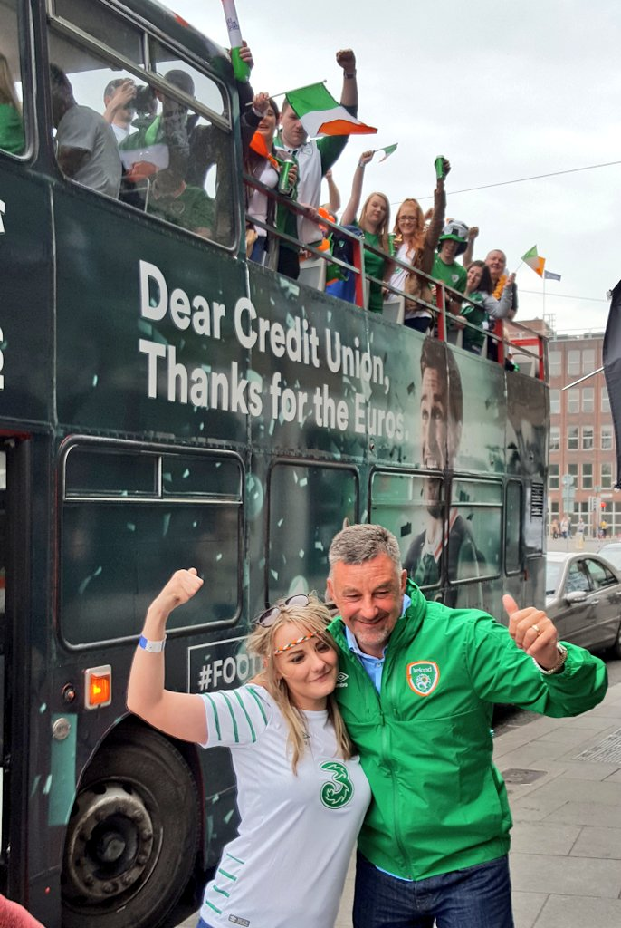 Football legend John Aldridge and the green army are ready to go! #FootbALLorNothing #COYBIG https://t.co/CDbhtAP4tl